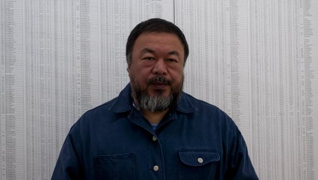 """""""Soy rebelde de nacimiento"""" Ai Weiwei se ha convertido en el artista prototipo del siglo XXI: engachado a las redes sociales y los selfies, comprometido con la política, global, provocador..."""